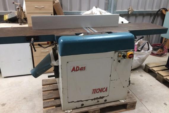 Tecnica AD415